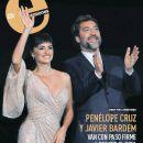 Penelope Cruz and Javier Bardem - 386 x 434