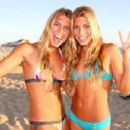Bia And Branca Feres Twins - 454 x 301