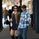 Jake Gyllenhaal and his girlfriend Alyssa Miller hold hands while grabbing coffee together on Saturday afternoon (September 21)