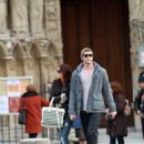 Miley Cyrus Visiting Notre Dame Cathedral & Eiffel Tower In Paris, 2009-12-11