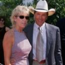 George Strait and Norma Voss - 312 x 471