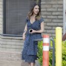 Jessica Alba in Blue Dress – Visits her friends in Santa Monica - 454 x 566