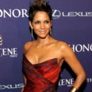 Halle Berry wearing Monique Lhuillier - Bet Honors 2013 red carpet