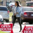 Candice Patton – house hunting in Hollywood - 454 x 399