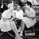 Lana Turner, director Edward Buzzell and Susan Peters between scenes of