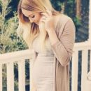 Lauren Conrad Debuts Baby Bump on Tuesday January 10, 2017