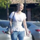 Iggy Azalea And Jimmy Butler – Spotted while out In Malibu - 454 x 593