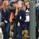 Amy Adams Performs on the Set of 'Sharp Objects' - 422 x 600