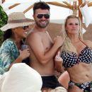 Kerry Katona – Wear polka dot bikini in Thailand - 454 x 383