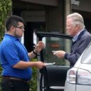 Jon Voight drops his car off with the valet at the Beverly Glen Plaza on June 15, 2013 in Beverly Hills, California