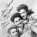 The Andrew Sisters - 454 x 576