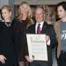 """Gossip Girl"" Celebrates 100 Episodes with Mayor Bloomberg"
