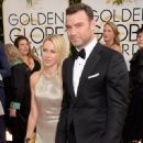 Naomi Watts and Liev Schreiber At The 71st Golden Globe Awards (2014) - 450 x 594