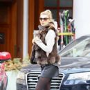 Kelly Rohrbach Out for shopping in St. Moritz - 454 x 650