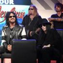 Nikki Sixx of Mötley Crüe speaks during the press conference for THE STADIUM TOUR DEF LEPPARD - MOTLEY CRUE - POISON at SiriusXM Studios on December 04, 2019 in Los Angeles, California - 454 x 353