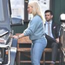 Hilary Duff – Out for lunch in Studio City