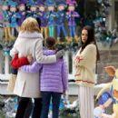 Mila Kunis – Filming 'A Bad Moms Christmas' set in Atlanta - 454 x 652