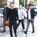 Joe & Kevin Jonas meet some friends for lunch in Los Angeles, California on January 9, 2015 - 454 x 362