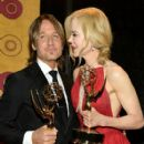 Keith Urban and Nicole Kidman : 69th Annual Primetime Emmy Awards - Press Room - 408 x 600