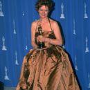 Susan Sarandon At The 68th Annual Academy Awards (1996) - 454 x 649