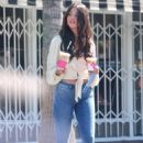 Eiza Gonzalez – Wears skinny denim while out for iced coffee in Studio City