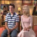 Annasophia Robb and Josh Hutcherson