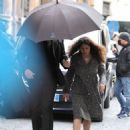 Salma Hayek – on the set of 'House of Gucci' in Rome - 454 x 541