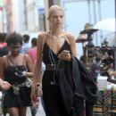 Daphne Groeneveld – Shopping at La Perla in New York - 454 x 765