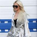 Khloe Kardashian – Leaving a studio in Calabasas