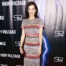 Perrey Reeves – 'High Voltage' Premiere in Los Angeles - 454 x 654