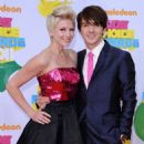 Paydin LoPachin and Paydin LoPachin and Drake Bell - 454 x 594