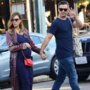Jessica Alba and Cash Warren out shoppingin Venice Beach, CA - 454 x 591