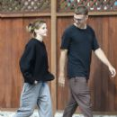 Emma Watson – Seen with a friend at Superba Cafe in Venice
