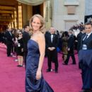 Helen Hunt At The 85th Annual Academy Awards - Arrivals (2013) - 395 x 594