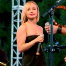 Hayden Panettiere - Netflix Live! On Location Concert And Screening Series, 2008-08-09