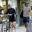 Hilary Swank and Laurent Fleury: bike ride