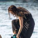 Zuleyka Rivera on holiday in Capri - 454 x 621
