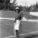 Gloria Swanson - 454 x 587