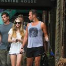 Amanda Seyfried and Desmond Harrington spotted out in New York City (August 27) - 454 x 681
