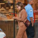 Jessica Alba takes her mom Catherine Alba to MedMen in West Hollywood