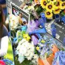 Travis Alexander's Sister Tanisha Sorenson at Travis' Grave - 454 x 230