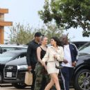 Kylie Jenner – Heads to lunch in Malibu - 454 x 681