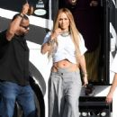 Jennifer Lopez – Arrives to shoot a video with DJ Khaled in Miami - 454 x 665