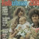 Samantha Juste, Amy Dolenz and Micky Dolenz - 363 x 480