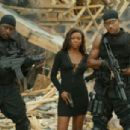 Gabrielle Union as Syd in Bad Boys II - 454 x 304