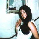Priscilla Presley - 450 x 338