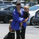Kourtney Kardashian and her kids Penelope and Reign spotted out for lunch at Corner Bakery with some friends in Calabasas, California on June 13, 2016 - 432 x 600