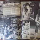 Françoise Hardy - Cine Tele Revue Magazine Pictorial [France] (18 July 1963) - 454 x 319
