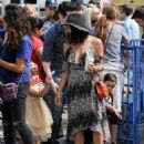 Jenna Dewan-Tatum is seen out with her daughter Everly Tatum at a farmer's market in Studio City, California on March 26, 2017 - 454 x 580