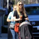 Amanda Seyfried with her daughter Shopping in Beverly Hills - 454 x 681